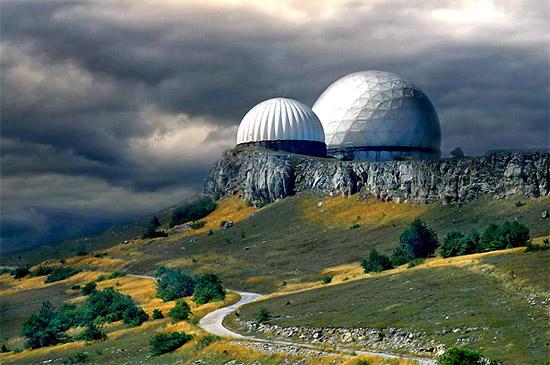Радарные станции или купола на Ай-Петри