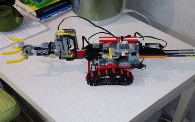 робот эколог 11
