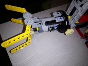 робот эколог 9