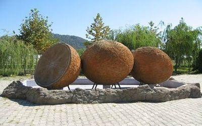 памятник в турции