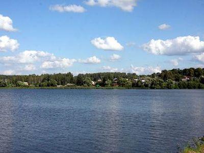 брыньское озеро